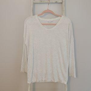 Cabi♡ V-neck long sleeve comfy serne top